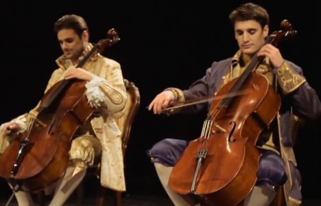 2CELLOS Thunderstruck
